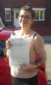 Nikita Bridgwood passed on 19 / 10 / 18 with Garry Arrowsmith! Well done!