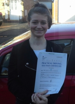 Becky Underwood passed on 24/12/18 with Garry Arrowsmith! Well done!