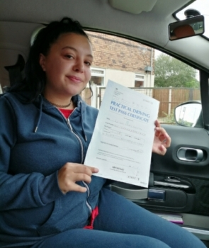 Leigh Mary Smith passed on 22-10-2019 with Peter Cartwright! Well done!