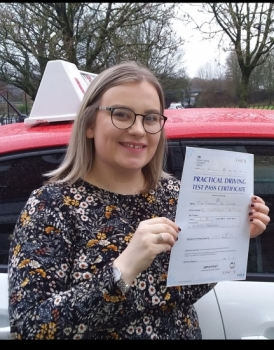 Beth passed on 19/11/19 with Garry Arrowsmith! Well done!